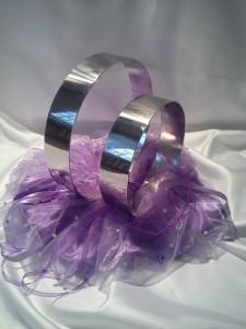 svatební prsteny na auto
