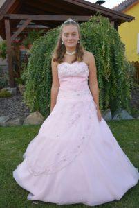 Společenské,maturitní,večerní šaty
